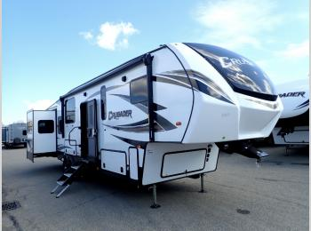 New 2019 Prime Time RV Crusader 320DEN Photo