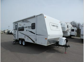 Used 2014 Forest River RV Flagstaff Micro Lite 21FBRS Photo