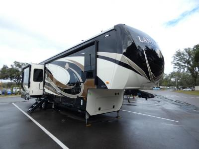 Huge Discounts on Fifth Wheel Campers for Sale at General RV