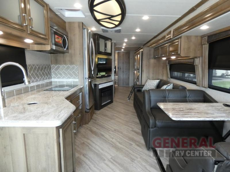 New 2019 Fleetwood Rv Southwind 37f Motor Home Class A At