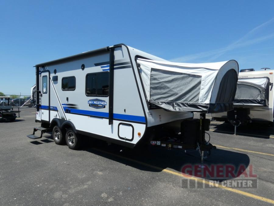 New 2019 Jayco Jay Feather X19H Expandable at General RV