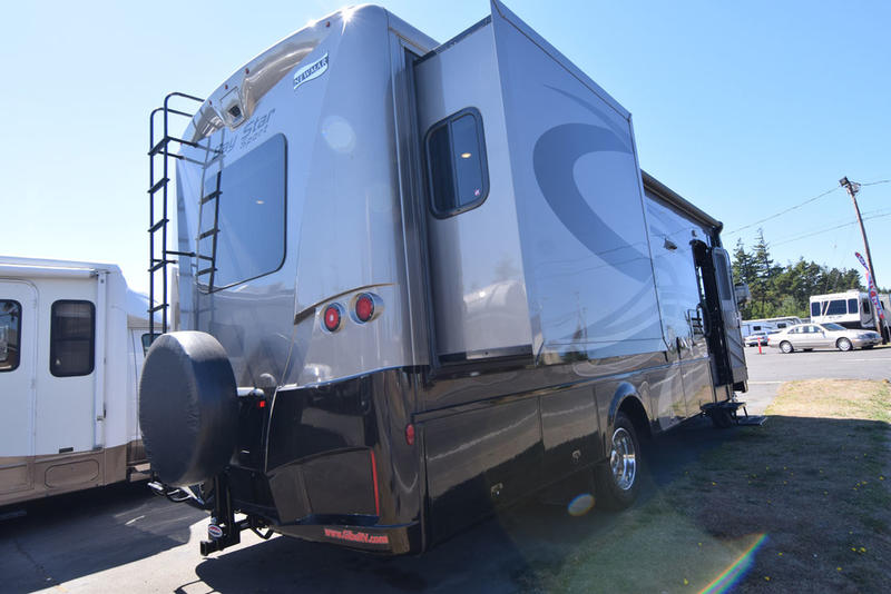 Used 2018 Newmar Bay Star Sport 2702 Motor Home Class A at
