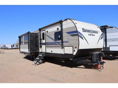 KZ Sportsmen Travel Trailer