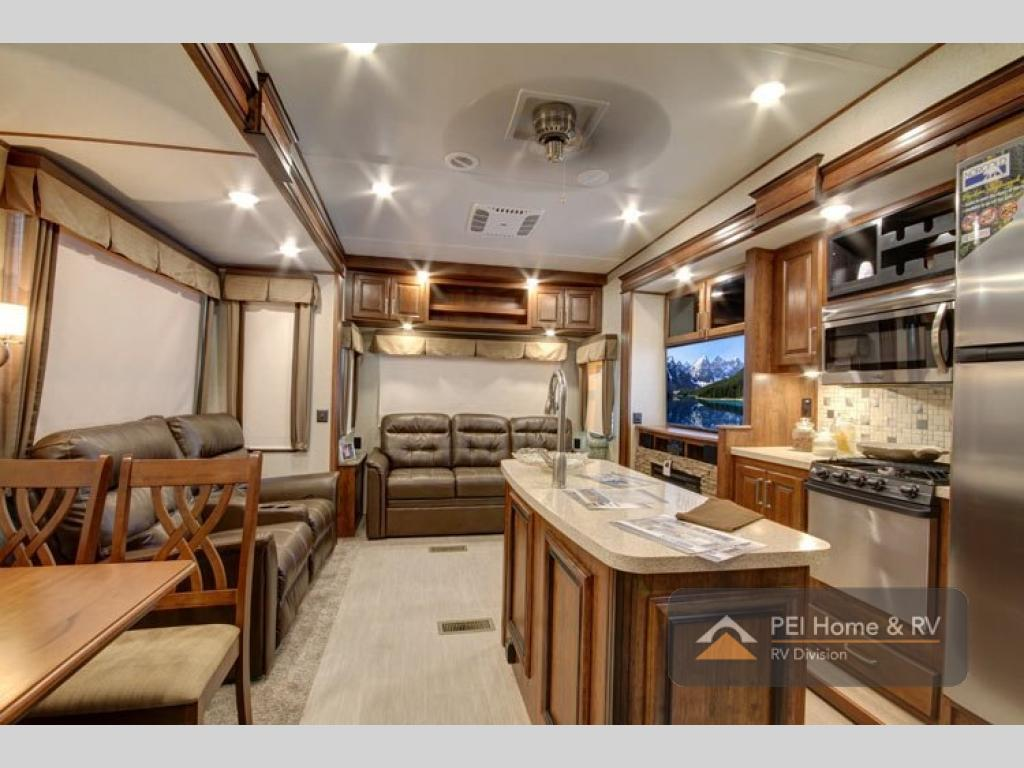 New 2018 Keystone RV Avalanche 365MB Fifth Wheel At Hamblys