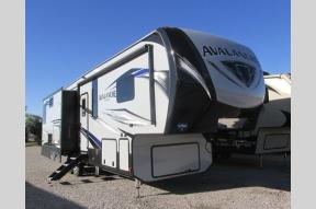 New 2018 Keystone RV Avalanche 330GR Photo