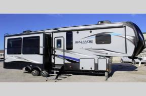 New 2019 Keystone RV Avalanche 320RS Photo