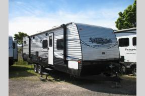Used 2017 Keystone RV Summerland 2980BH Photo