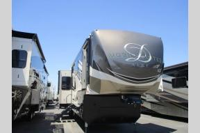 New 2019 DRV Luxury Suites Mobile Suites Aire MSA 39 Photo