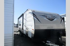 Used 2018 Forest River RV Wildwood X-Lite 231RKXL Photo
