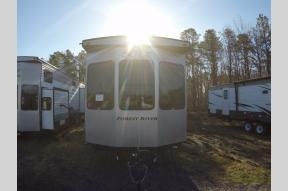 New 2019 Forest River RV Wildwood DLX 40FDEN Photo