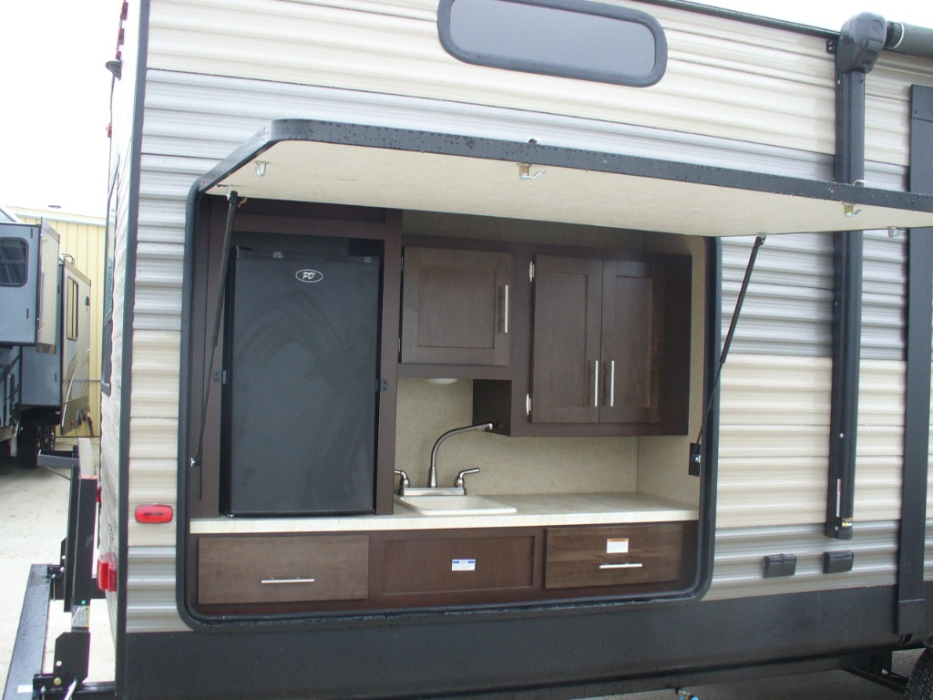 New 2018 Forest River Rv Cherokee 304bh Travel Trailer At
