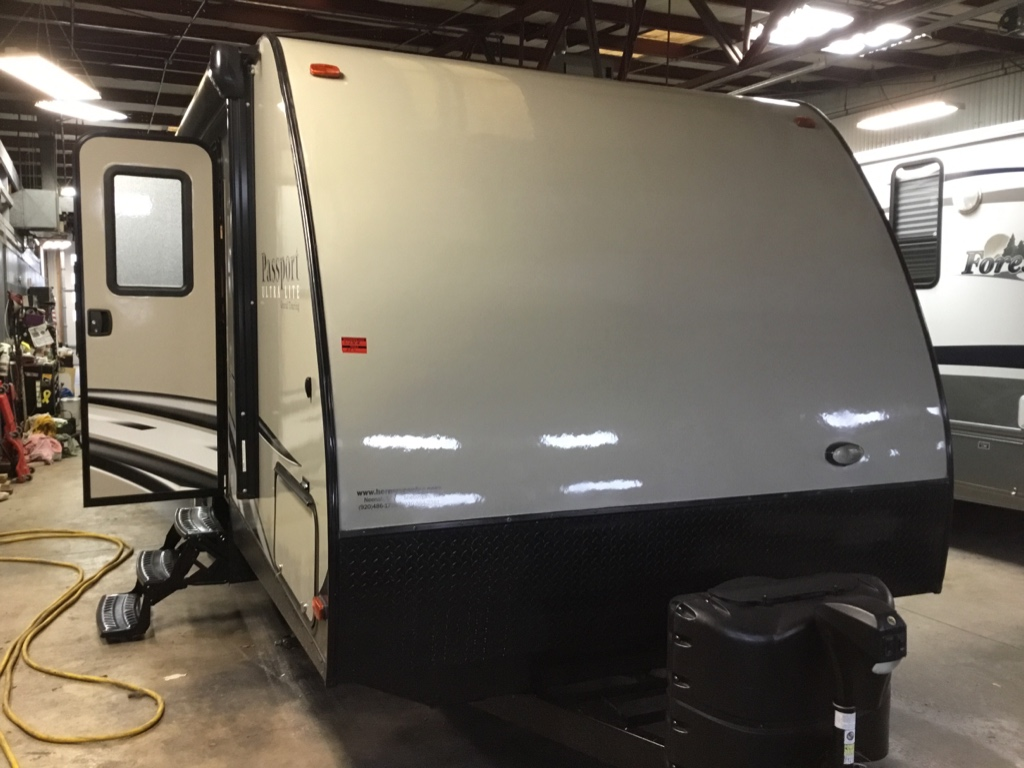 Used 2016 Keystone RV Passport 2400BH Grand Touring Travel