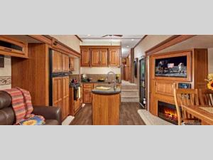 Inside - 2014 Travel Star 286RLS Fifth Wheel