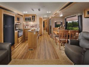 Inside - 2017 Catalina 333RETS Travel Trailer