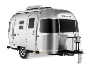 Outside - 2020 Caravel 16RB Travel Trailer