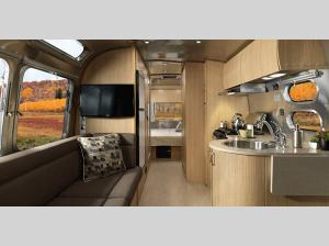 Inside - 2017 Flying Cloud 19 Travel Trailer