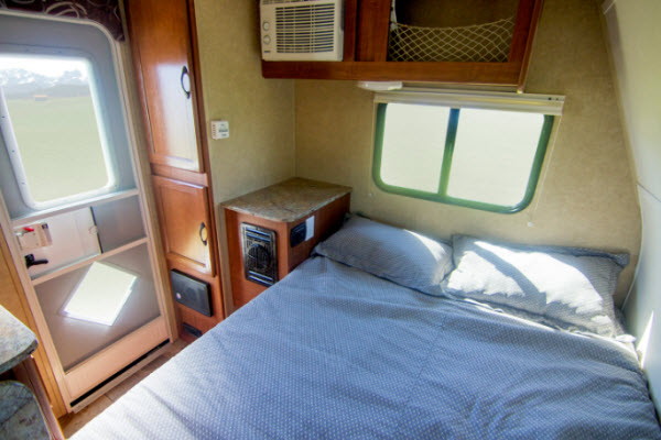 Travel Lite Rayzr Truck Camper Reviews | Floorplans | Features | Available Models - RVingPlanet