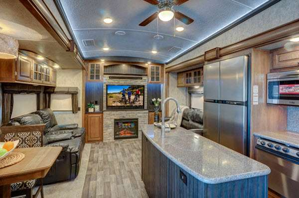 Rv Campers For Sale >> Keystone RV Montana Fifth Wheel Reviews | Floorplans ...