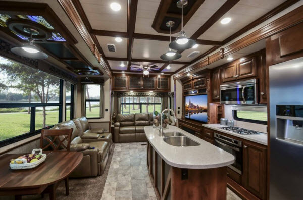 new heartland bighorn 3875fb fifth wheel for sale review rate compare floorplans rvingplanet. Black Bedroom Furniture Sets. Home Design Ideas