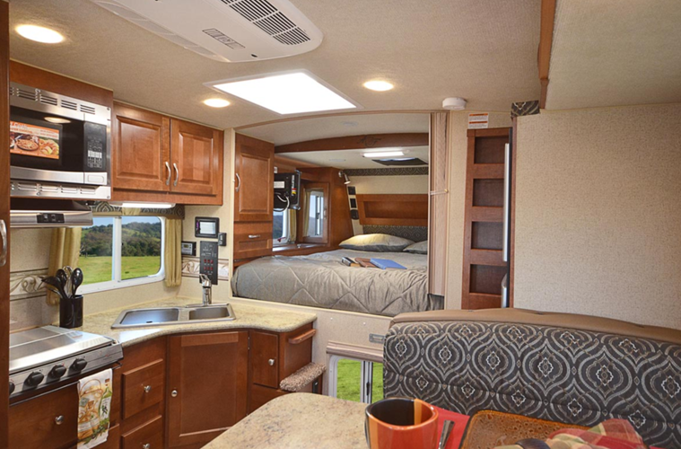 Four Seasons Rv >> Northwood Arctic Fox Camper Truck Camper Reviews | Floorplans | Features | Available Models ...