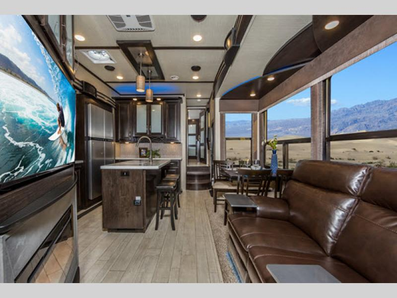 momentum toy hauler fifth wheel