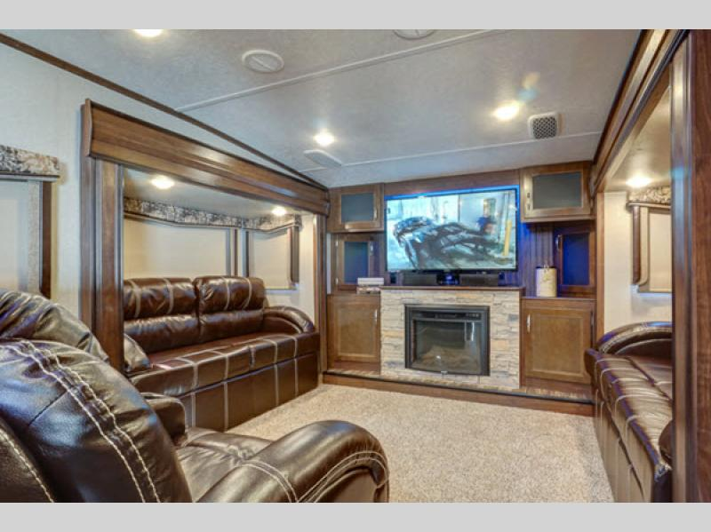 montana high country toy hauler fifth wheel