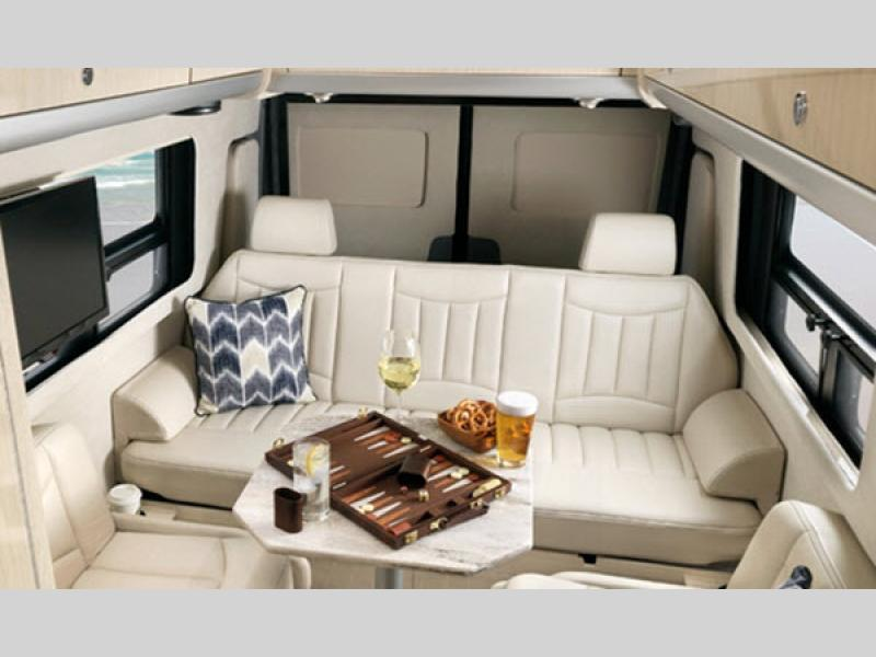 Interstate Grand Tour EXT Motor Home Class B