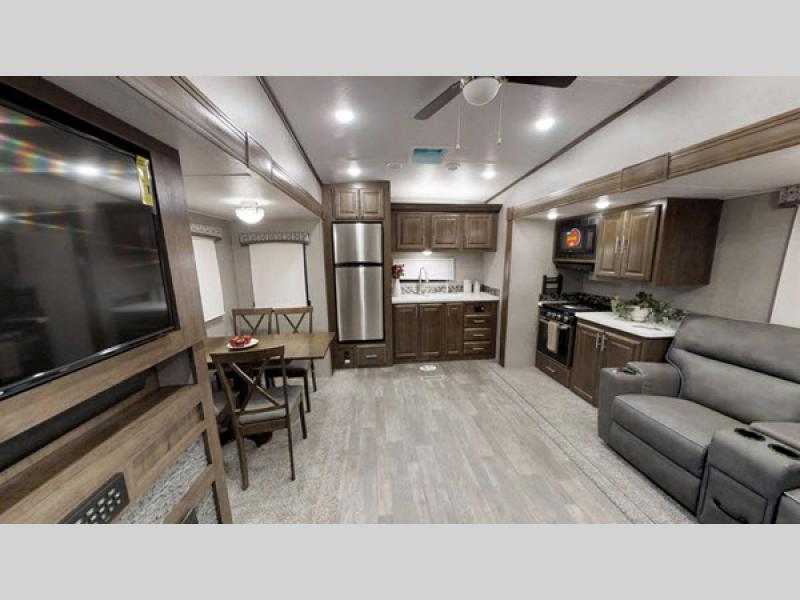 Flagstaff Classic Super Lite Fifth Wheel | RV Sales | 4