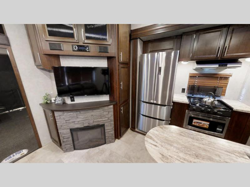 Vengeance Toy Hauler Fifth Wheel Rv Sales 8 Floorplans