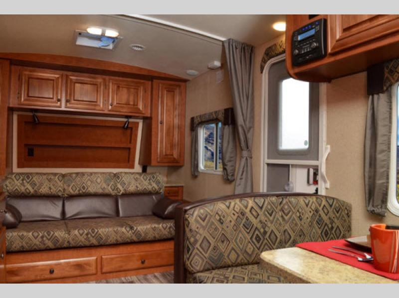 Arctic Fox Campers >> Arctic Fox Travel Trailer | RV Sales | 2 Floorplans