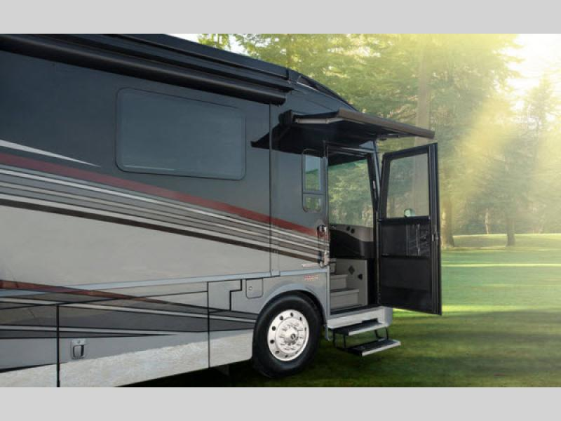Grand tour motor home class a diesel rv sales 2 for Motor home class a