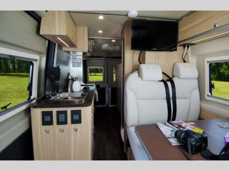 Fantastic Ehgna Hymer Motor Home Class B Rvs For Sale Squirreltailoven Fun Painted Chair Ideas Images Squirreltailovenorg