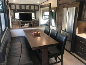 Outside - 2019 Wildcat 35WB Fifth Wheel