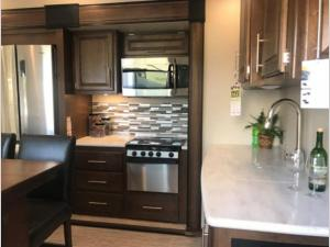 Inside - 2019 Wildcat 35WB Fifth Wheel