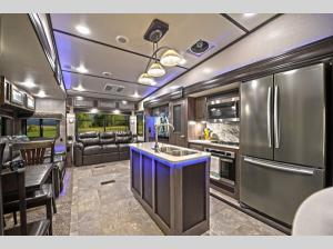 Inside - 2020 Cruiser CR3771MD Fifth Wheel