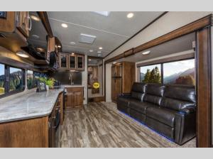 Inside - 2019 Reflection 28BH Fifth Wheel