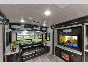 Outside - 2019 North Trail 33RETS King Travel Trailer