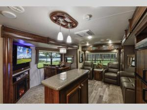 Inside - 2019 North Trail 32RETS King Travel Trailer