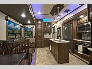 Outside - 2020 Cameo CE3851BH Fifth Wheel