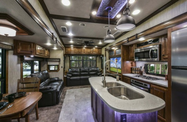 Fifth Wheel Remodel Bunkhouse