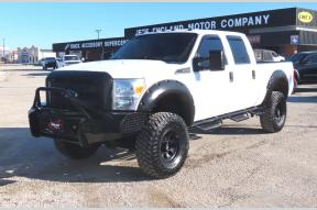 Used 2016 Ford F250 XL Crew Cab Lifted 4x4 Photo