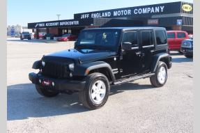 Used 2014 Jeep Wrangler Sport Unlimited hard top Photo