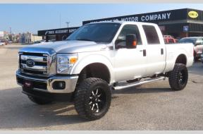 Used 2016 Ford F250 XLT Crew Cab Lifted 4x4 Photo