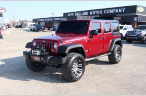 Used 2013 Jeep Wrangler Rubicon lifted 4x4 hard top Photo