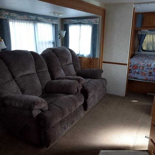 Used 1998 Fleetwood Rv Prowler 26h Travel Trailer At