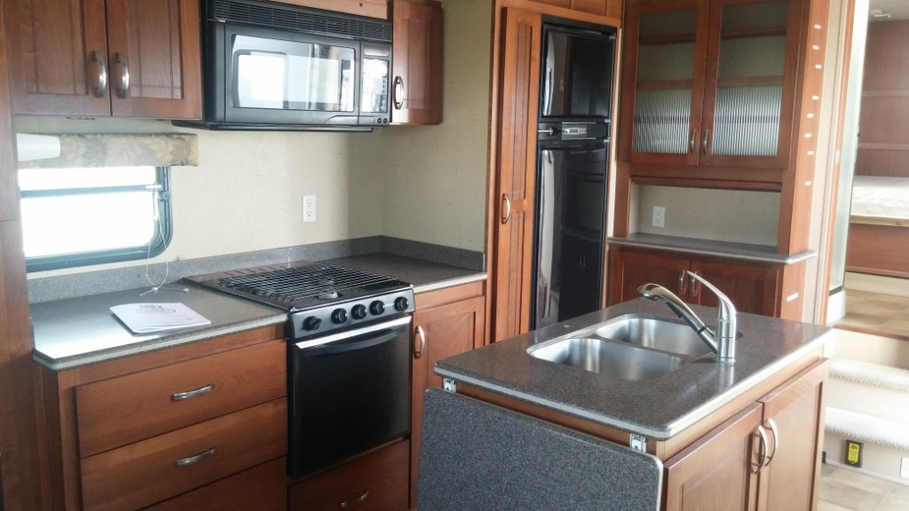 Used 2009 Kz Montego Bay 32ikm Fifth Wheel At Jolley