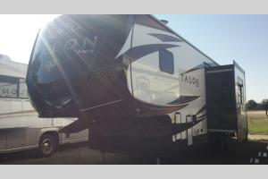 New 2018 Jayco Talon 313T Photo