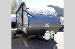 New 2018 Coachmen RV Catalina SBX 221TBS Photo