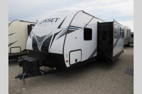 New 2020 CrossRoads RV Sunset Trail SS272BH Photo