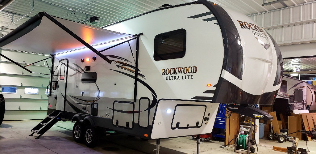 New 2019 Forest River RV Rockwood Ultra Lite 2441WS Photo
